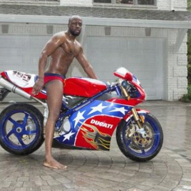 Birthday Love: Wyclef Celebrates His Birthday In His Birthday Suit